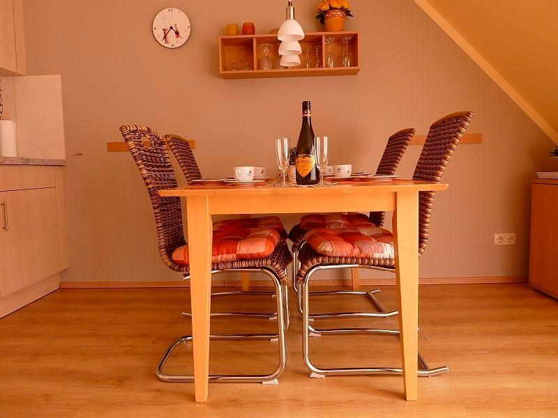 haberecht petra manfred maisonette app 4 og kieler f rde. Black Bedroom Furniture Sets. Home Design Ideas