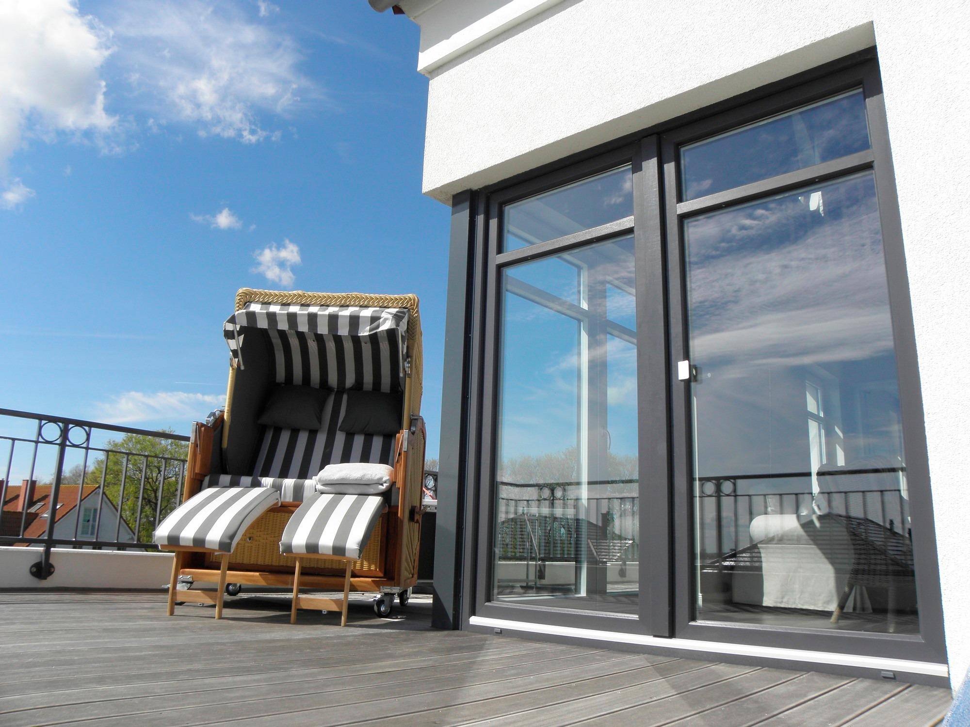 luxus ferienhaus ferienwohnung auf fehmarn buchen. Black Bedroom Furniture Sets. Home Design Ideas