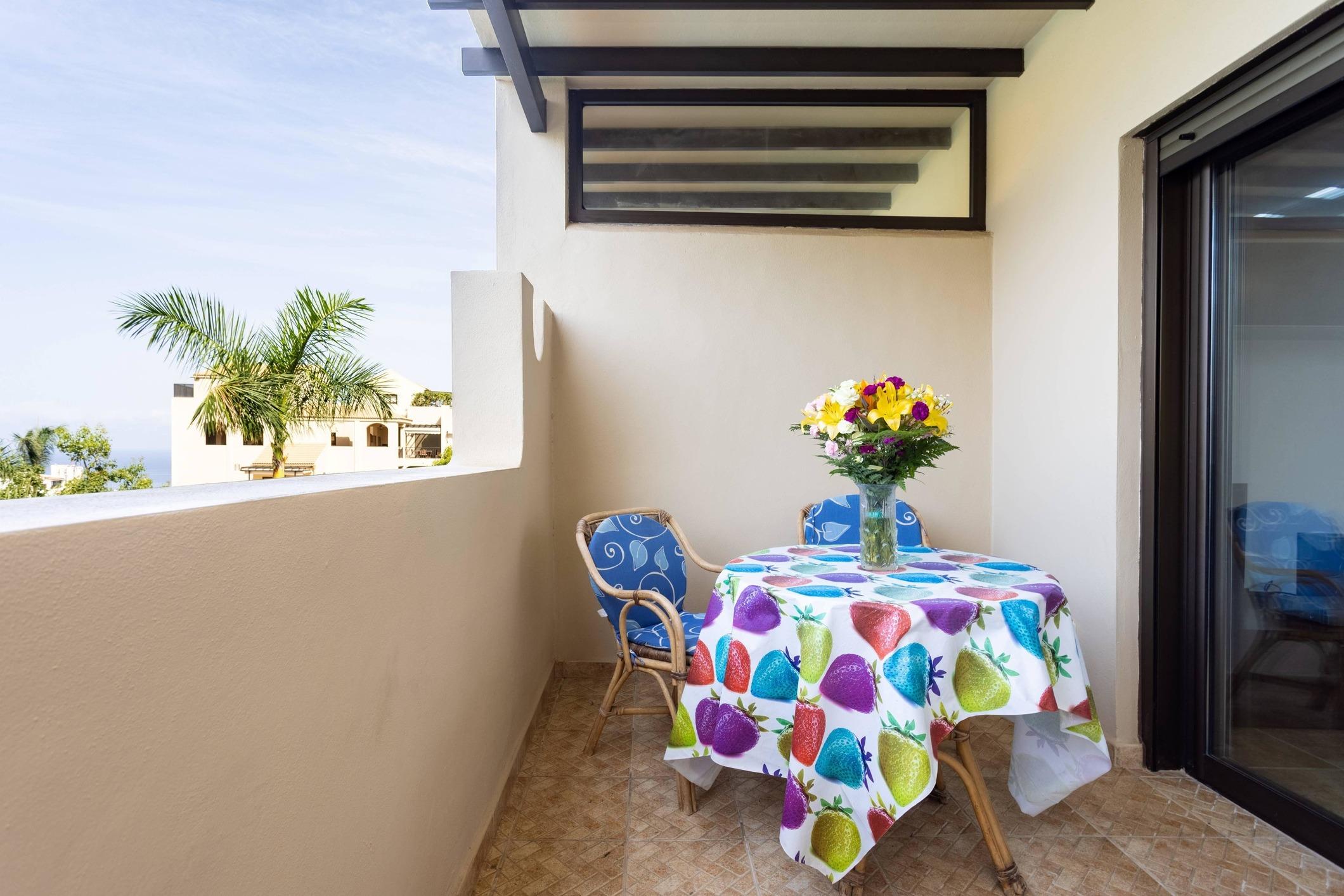 Appartement de vacances Fewo Mar y Teide Romantico, grosszügig, mit 2 Terrassen, Pool, Parkplatz,  Sicht auf Meer  (2492990), Puerto de la Cruz, Ténérife, Iles Canaries, Espagne, image 7