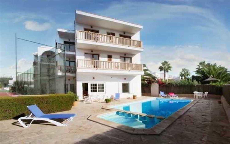 Familien Apartment für 6 Personen Balkon Pool WLAN Küche 200m zum Meer
