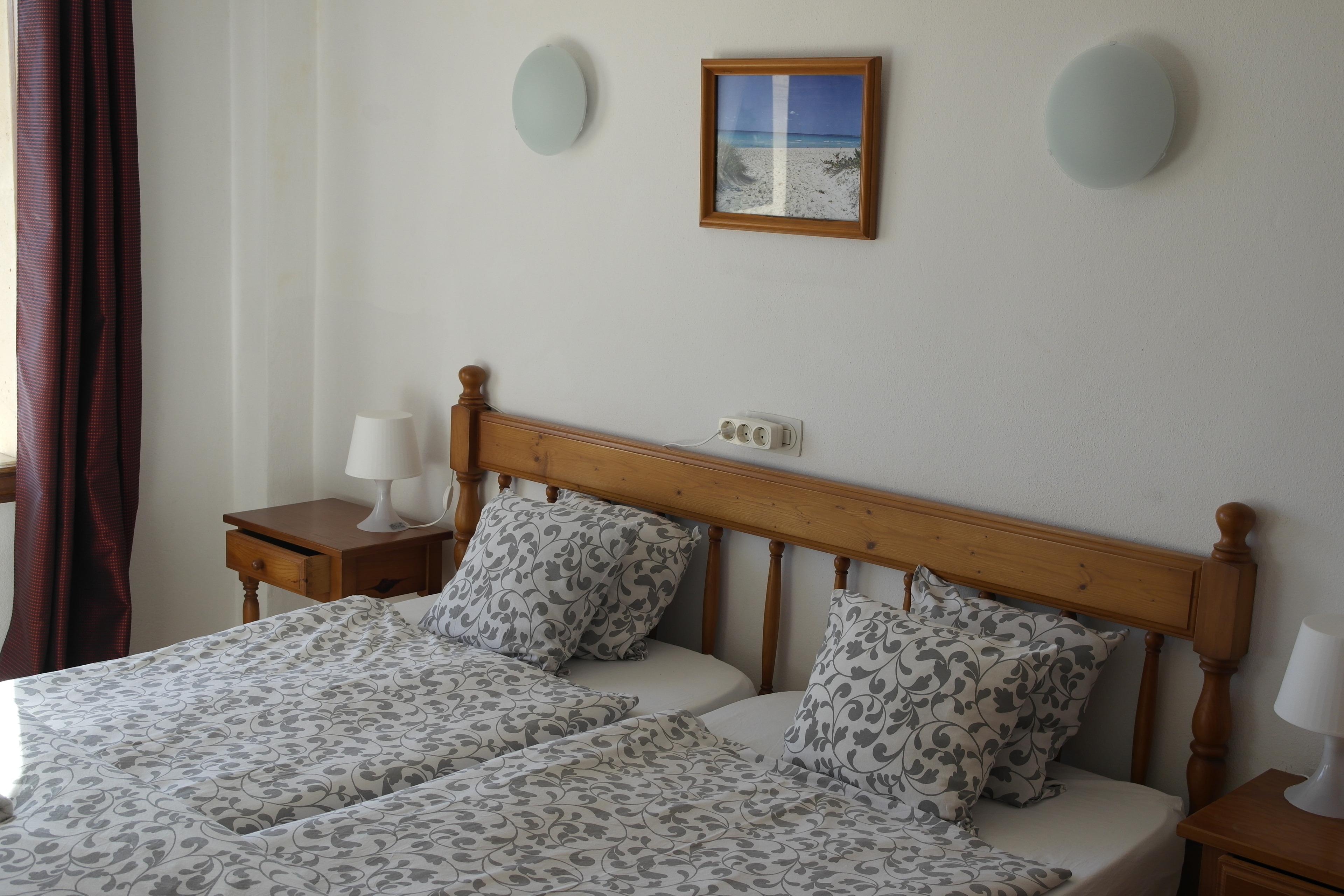 Apartment mit Balkon für eine Familie WLAN Küche Pool 2 Meereslinie